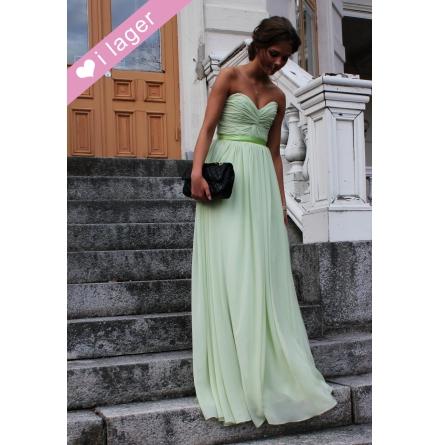 Josefine balklänning special a97ed3c0db852