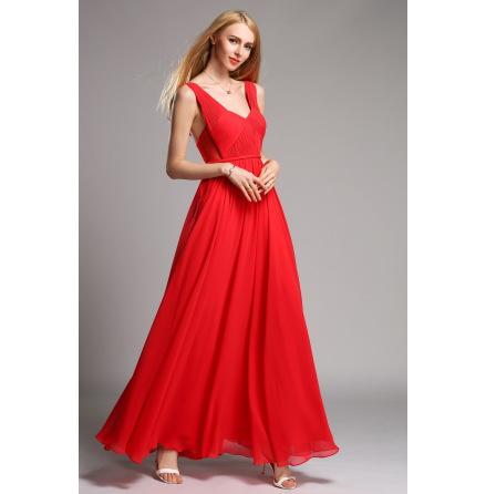 Röd två axelband lång klänning