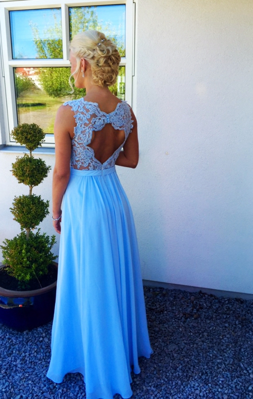 3fc31a7b0ae6 Linnea heart back lace gown spets balklänning