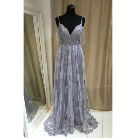 Miss Hevi Lace Gown
